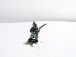 CWR01 - Advancing Infantry in Helmet